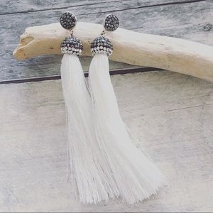Jewelry - Shimmer white & pave set crystal earrings